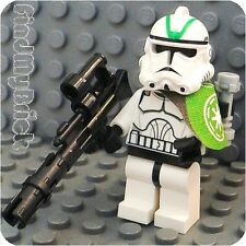 SW604 Lego Star Wars Custom Clone Trooper Minifigure with Green Mark Helmet NEW