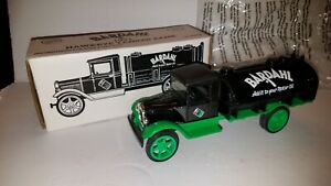 ERTL 1931 HAWKEYE TANKER BANK BARDAHL OIL NEW NIB