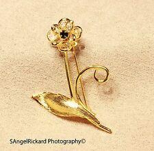 Vintage Flower Brooch brooch pin With Collet Crystal Petals
