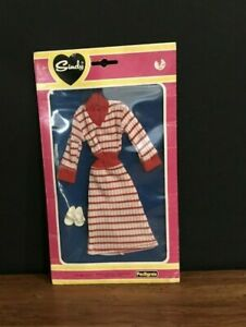 Sindy Doll Dress Shoes Pedigree Outfit #4113OU Clothing Red New Vintage Package!