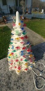 Vintage white 19 in. Ceramic christmas tree working condition 1980