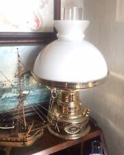 Prestigiosa Lampada stile marina dorata vetro bianco un classico senza tempo