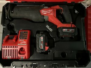 "Milwaukee 2821-22 M18 FUEL Brushless 1-1/4"" Cordless SAWZALL w/2 5Ah Battery"