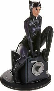 DC Cover Girls Catwoman Resin Statue Brand New {Free Delivery}