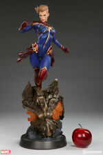 Sideshow Collectibles Captain Marvel Premium Format Figure Statue New Mint