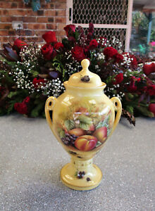"""AYNSLEY  """"Orchard Gold""""   23cm or 9 inch   Lidded Urn Vase  Excellent Condition"""