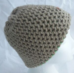 Super Chunky- Oatmeal & Green Reversible hand made Hat- teens -adult -Brand New