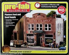 Woodland Scenics HO/HOn3 Scale Planters Feed and Seed Supply (5181)