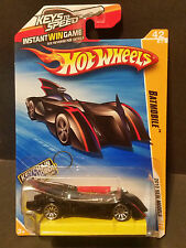 2010 Hot Wheels #42 New Models 42/44 - Batmobile w/Keychain - R6456