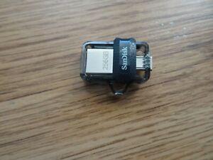 SanDisk Ultra 256GB Dual USB Flash Drive