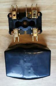 Classic Mini fuse box & lid, 2 fuses for early mini 606253A cooper rover Austin