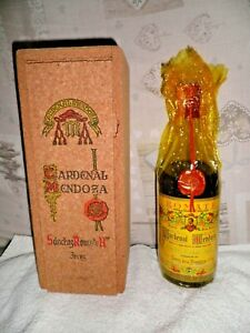 "Bottiglia vintage "" Cardenal Mendoza """