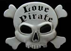 LOVE PIRATE SKULL AND CROSSNONES BELT BUCKLE NEW!