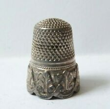 Ancien dé à coudre en argent massif silver thimble ancien
