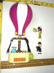 Hot Air Balloon Lego Friends from set 41097 and two minifigs Andrea and Noah