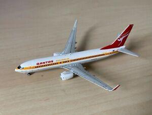 RARE 1:400 Gemini Jets Qantas Boeing 737-800 Retro 1970s Livery GJQFA1462