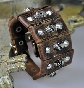 S38 Rock Cool Skull Studded Vintage Leather Bracelet Wristband Wide Cuff BROWN
