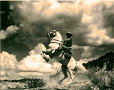 RARE STILL THE LONE RANGER CLAYTON MOORE WITH SILVER STUNNING PHOTO