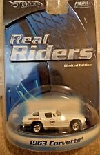 HOT WHEELS REAL RIDERS 1963 CORVETTE B5943 *NEW*