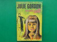 ## JULIE GORDON and THE SCHOOL FASHION CONTEST - ESTELLE GREY - HC - EXCEL COND