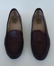 SAS Womens Simplify Brown Leather Slip On Tripad Comfort Loafer Shoes Sz 9S slim