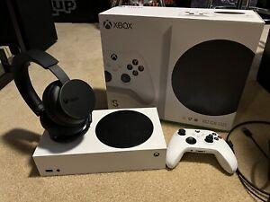 Microsoft Xbox Series S 512GB Console + Xbox Wireless Headset