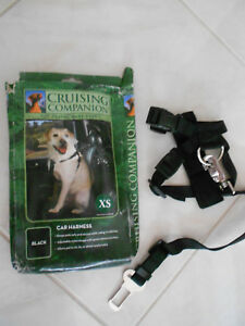 "Cruising Companion Dog Car Harness Safety Seatbelt Black Size XS 7""-16"" Girth"