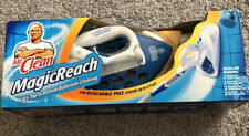 MR CLEAN Magic Reach Top to Bottom Bathroom Cleaning Starter Kit Pole Up to 4 ft