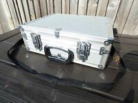 Vintage HAKUBA JAPAN Medium Aluminium Camera Photographer Hard Case Suitcase Bag