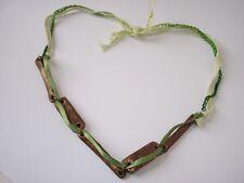 Collier Perles Rectangulaires Marron Dorées Chaînette Crochetée Verte