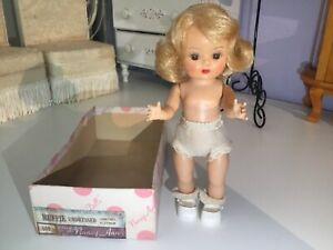 Spectacular  ❤️ SLW MUFFIE  Doll - Beautiful Condition ~ Blonde ~ Box Bottom