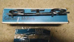 1964 1965 1966 1967 1968 1969 PONTIAC GTO TRUNK EMBLEM PACKAGE NOS GM 8701433