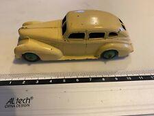 Dinky toys Chrysler Royal Sedan 1:43
