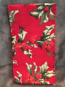 Zina Vasi CHRISTMAS Red Green Holly Leaves Berries 60x104 Oval Tablecloth 12 nap