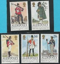 Großb.-Guernsey-Alderney aus 1985 ** postfrisch MiNr.23-27 - Uniformen!   TOP!!!