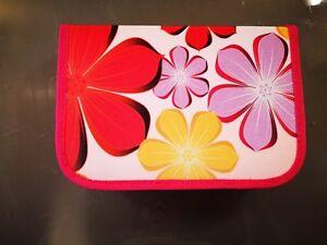 Schüleretui Federmappe Eberhard Faber  50 tlg 50 Teile Blumen pink