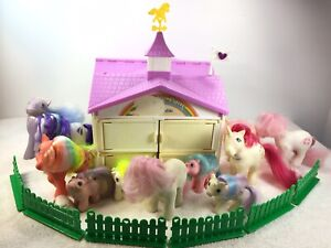 Vintage My Little Pony Show Stable Playset w/ 11 ponies and Accessories Fence