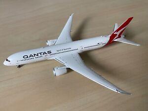 MINT 1:400 Gemini Jets Qantas 787-9 GJQFA1644 VH-QAN