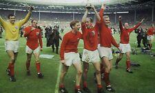 Gordon Banks, Ray Wilson, Alan Ball, Bobby Charlton & Bobby Moore 10x8 Photo (1)