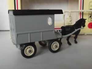 Lledo DG03, H/Drawn Delivery Van, Grey Series, only 144 sets of models produced