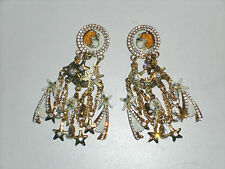 Vintage Lunch at the Ritz Dangling Earrings Moon and stars starburst enamel  d10