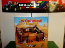 Britains Wild West Fort Comanche with figures 17553 Brand New In Box.......!....