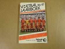 POCKET BOEK / VOETBAL JAARBOEK 86/87