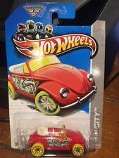 2013 Hot Wheels HW City Volkswagen Beetle #40