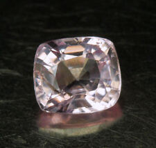 SPINELL       klasse  Farbe    0,89 ct
