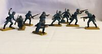 9x Britains Deetail 1971 WW2 Toy Soldiers with metal bases Collectors .