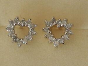 BEAUTIFUL NEW 9 CT GOLD DIAMOND EARRINGS ER5176A