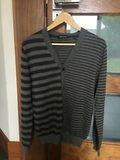 MENS  DESIGNER DKNY CARDIGAN GREY STRIPE SIZE MEDIUM HARDLY USED