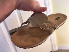 Dr. Scholl's Size 8 Womens Fastbreak Flip Flop Sandal Shoes Gold Metallic tan 8M