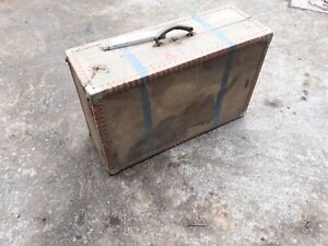 alter Überseekoffer Reisekoffer